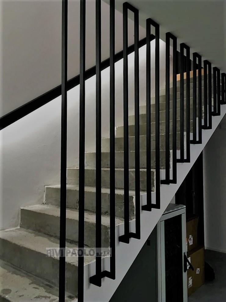 parapetto in ferro come elemento architettonico d'arredamento