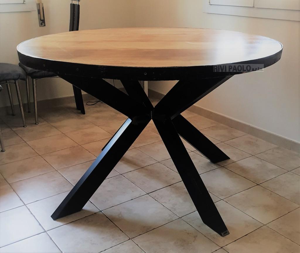 tavolo in ferro verniciato nero